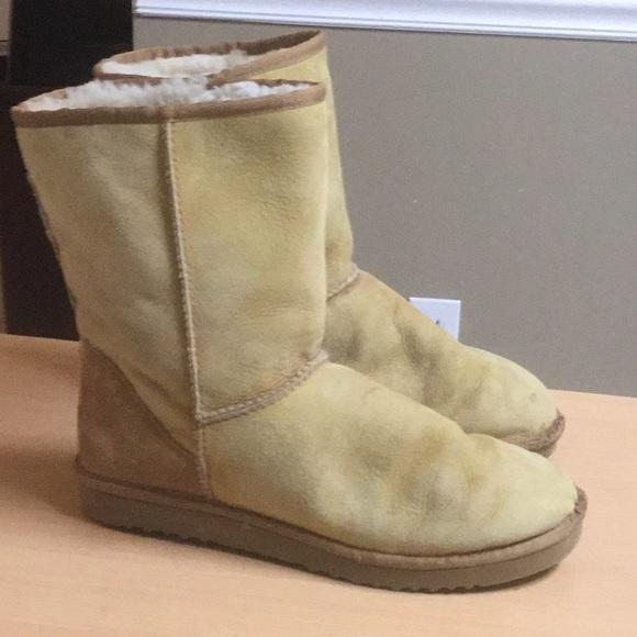 bc5e59b7894 Men UGG Boots tan sz 11